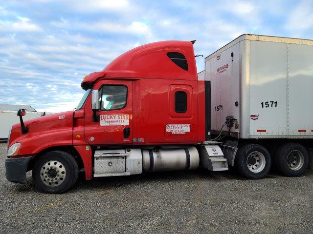 2014 Freightliner Cascadia CA12564SLP 125 #7046-5726