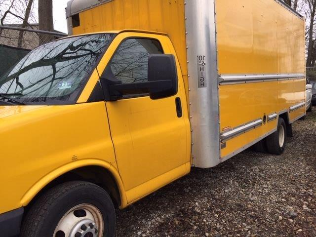 2011 GMC 3500  Box Van STK #6852-5275