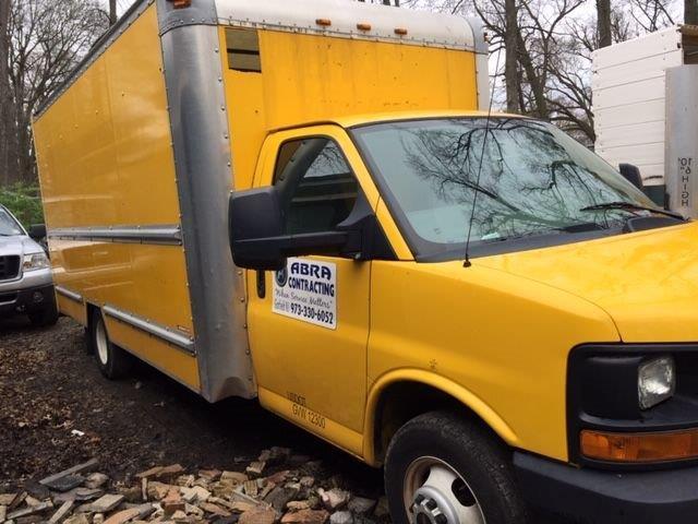 G3500 Box Truck STK #6852-5274